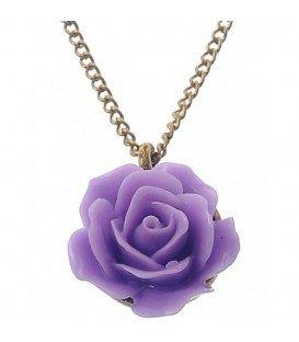 Mooie goudkleurige halsketting met roos hanger