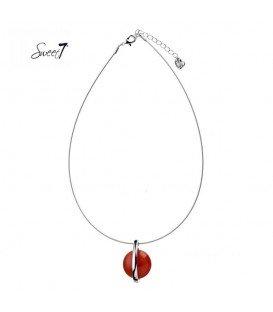 zilverkleurige dunne ketting met rode hanger